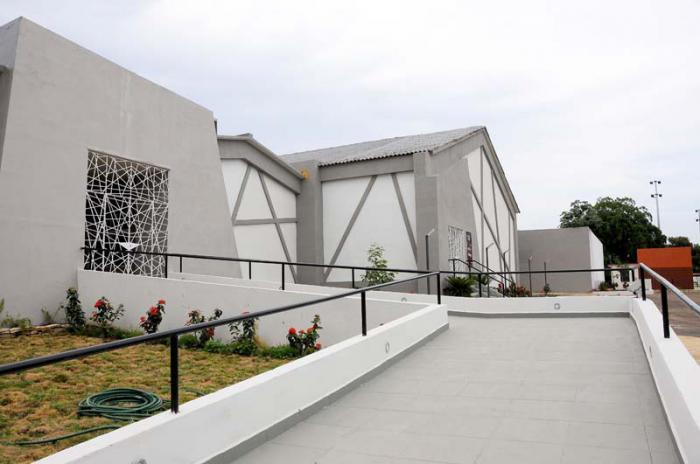 Centro Cultural La Plaza de 31 y 2 Habana Ciudad Electronica